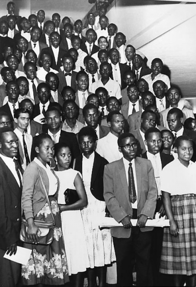 Eighty-one students arrive in New York in 1959